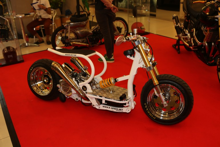 The Zoomer scooter preceeded the Zoomer-X by a decade, but it is still a favourite of cust...